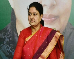 Sasikala shifted to hospital after complaining of fever and breathlessness