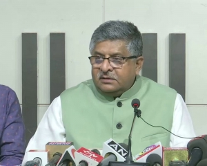 Union minister Ravi Shankar Prasad tears into Maha govt over Sachin Waze episode