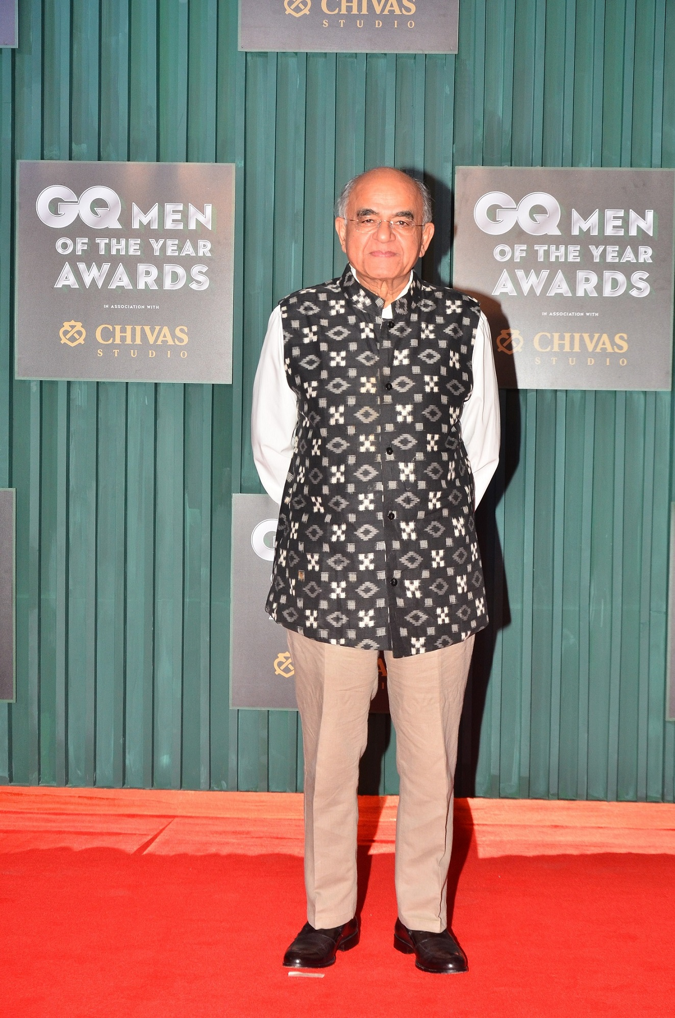 Winner - Writer of the Year, Gurcharan Das at the GQ Men of The Year Awards 2018