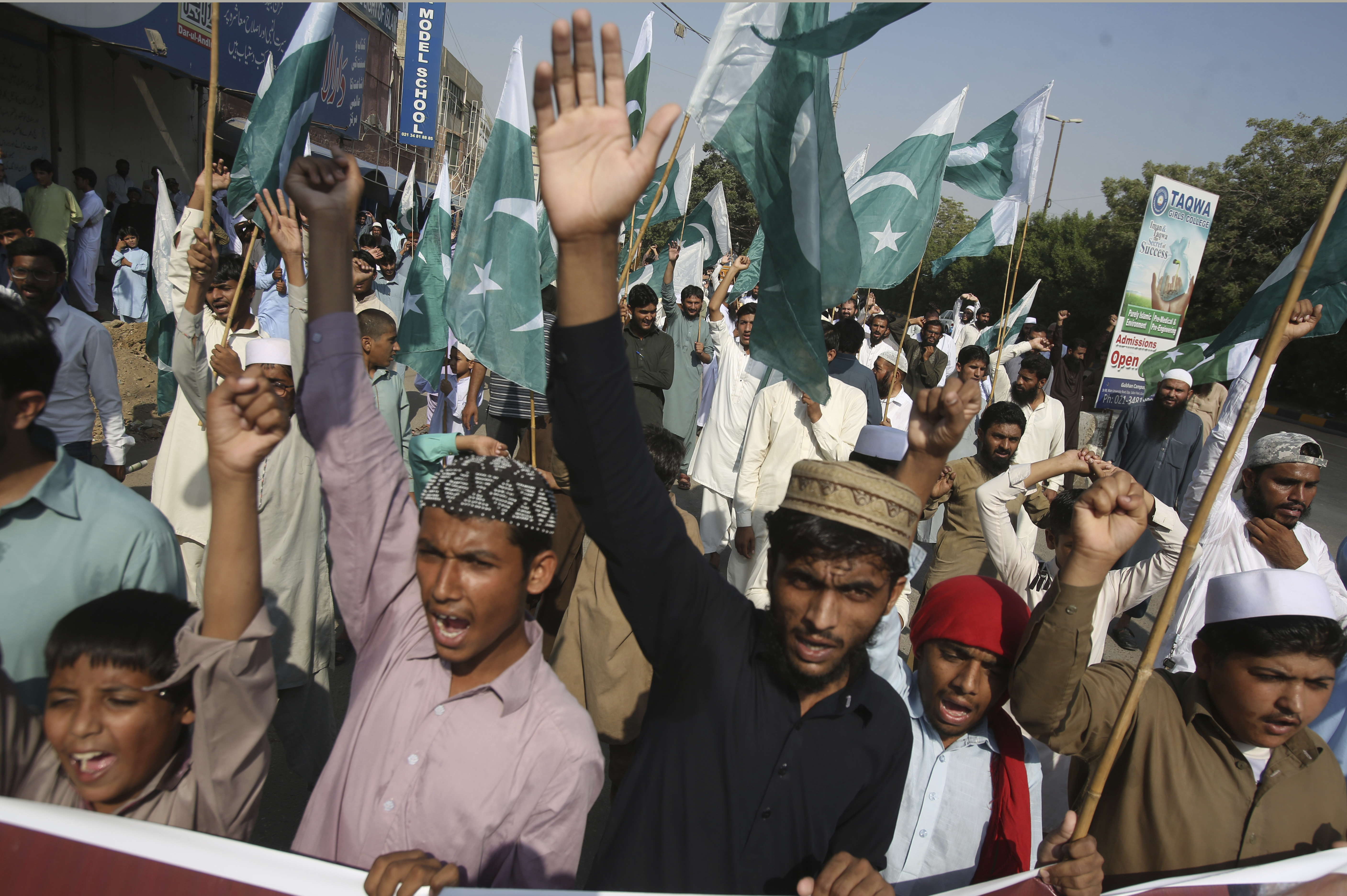 Supporters of the Pakistani religious party, Jamaat-ud-Dawa rally to express solidarity with Kashmiris in Karachi, Pakistan - AP