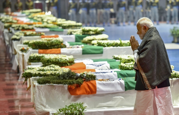 Today's Photo : PM Narendra Modi pays tribute to the martyred CRPF jawans